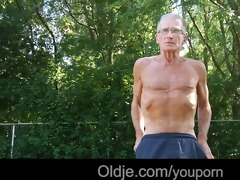 retired mature man gets laid with a very youthful
