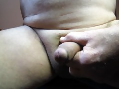 65 year old grandpa makes his penis cum afresh